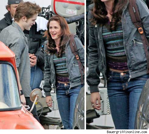 After Kristen Stewart was snapped smoking wearing this Billabong jacket on