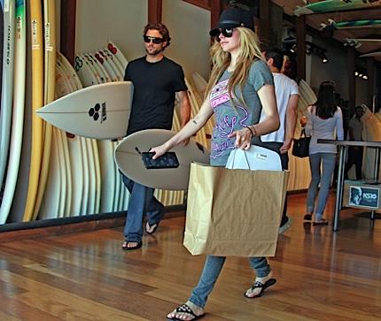 2011 Avril-Brody-Surf Fadedyouthblog