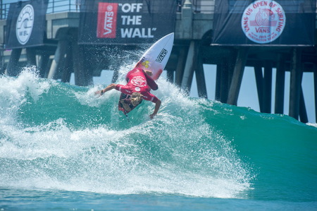 Vans-2015-US-Open-of-Surfing_PatGudauskas[n3hq]